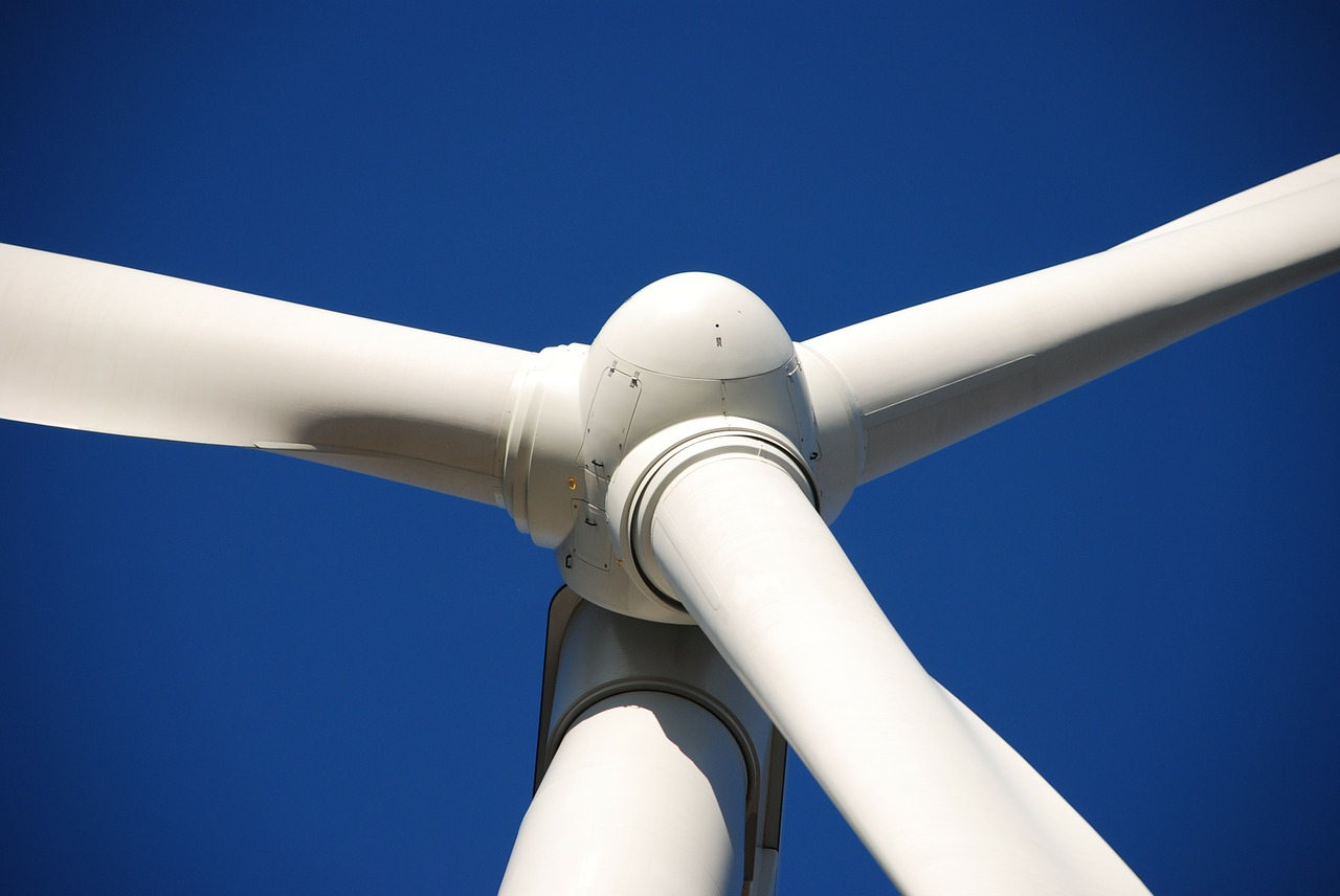 CMS Energy buys majority stake in Aviator Wind