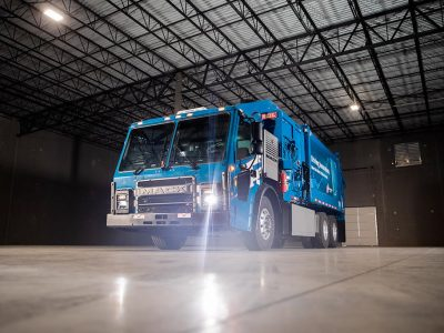 Mack delivers LR Electric truck to Republic Services